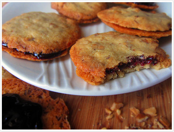Blackberry walnut cookies