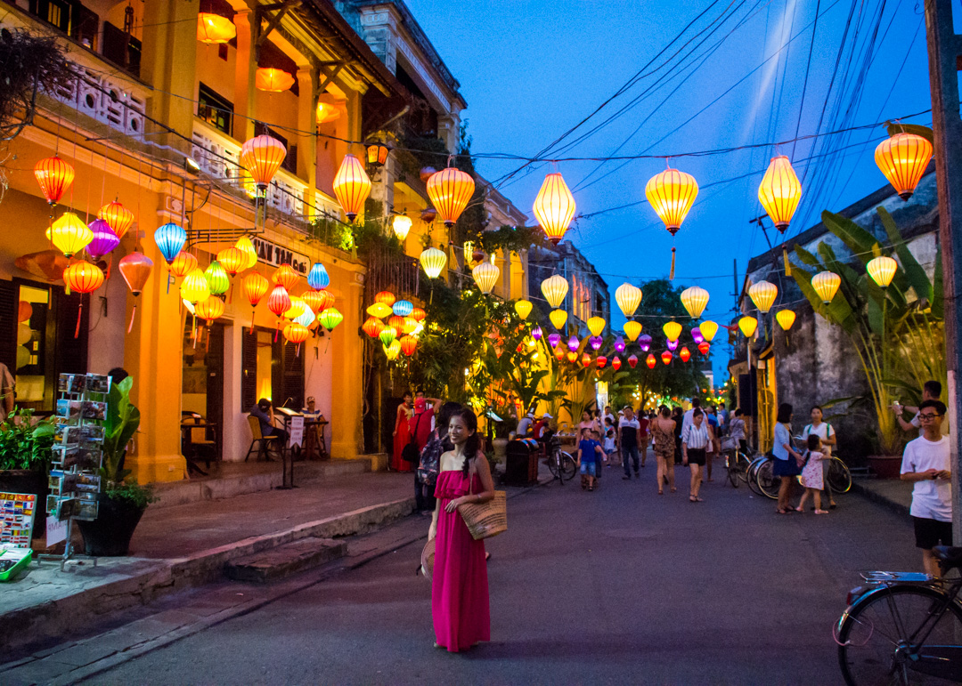Best Travel Destinations To Have A Romantic Vacation In Laos likewise Follow Me Parody Taiwanese Couple Forrest Lu Agnes Chien furthermore Hoi An likewise Night Cruise Through The Illuminated Paris T57315 also Mike Tyson. on romantic time
